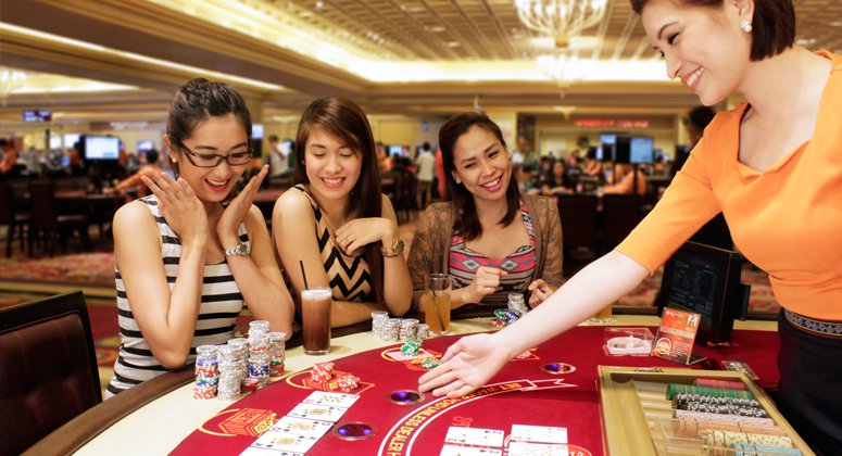 Poker clubs and poker rooms in the cities