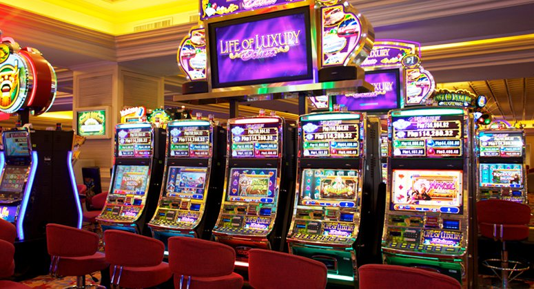 Slot Machines | Resorts World Manila
