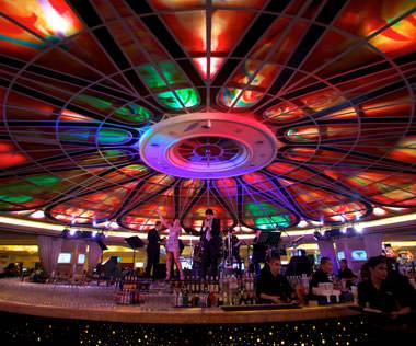 Bars, Lounges, Clubs, and Nightlife Options at Resorts World Manila